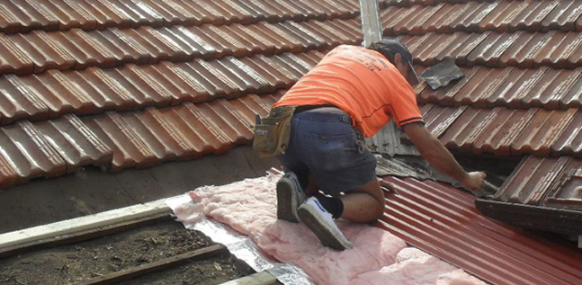 Leaky Roof Repairs Amp Gutter Repairs Sydney Licensed Metal